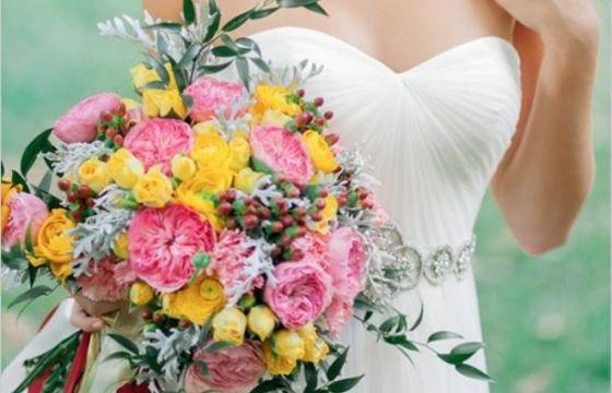 Bouquet sposa le tendenze del 2015 for 20x20 costo del mazzo