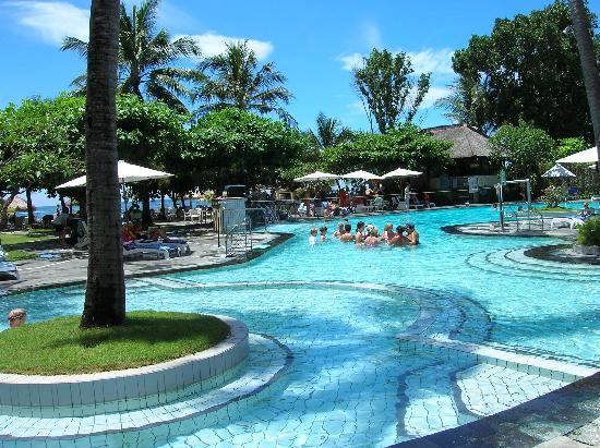 Notizie dal mondo the last island for Cloro nelle piscine