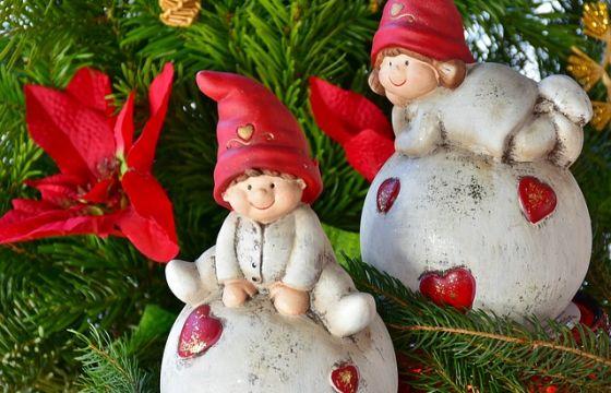 Poesie Di Natale In Rima.Filastrocche Di Natale Frasi Di Natale Per Bambini