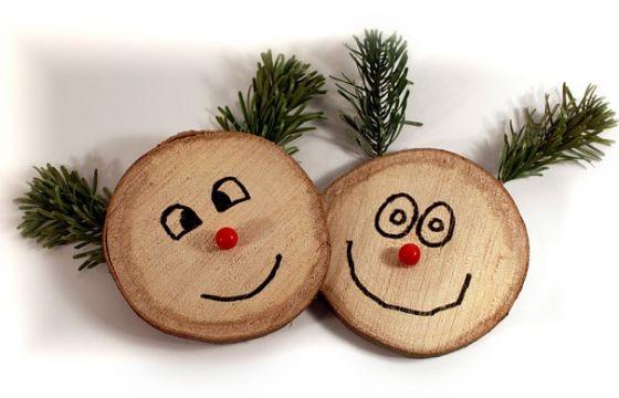 Decorazioni di natale fai da te utilizzando legno di recupero for Decorazioni natalizie in legno da appendere