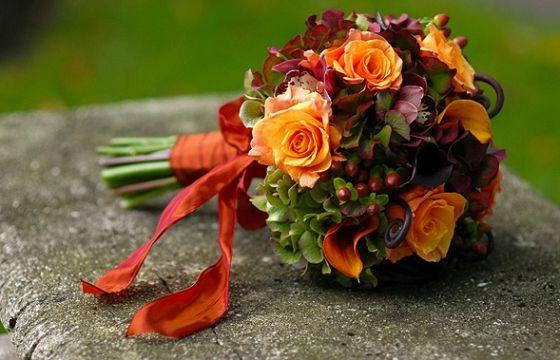 Fiori e frutta per il bouquet da sposa in autunno for Immagini fiori autunnali