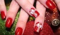 Nail art e Natale: rosse, verdi, metal e sempre con stile