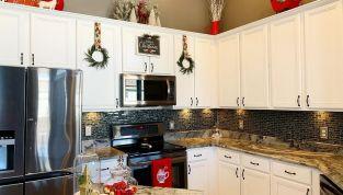 Decorazioni di Natale per la cucina, per un'atmosfera calda e suggestiva