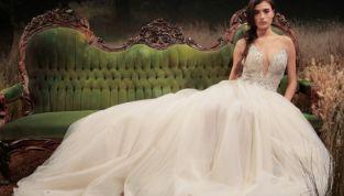 Abiti da sposa 2017 con scollature profonde, il trend sexy dell'anno