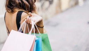 Cosa comprare ai saldi estivi 2018: i migliori must have