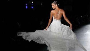 Abiti da sposa con schiena scoperta: l'intrigante tendenza bridal per il 2019