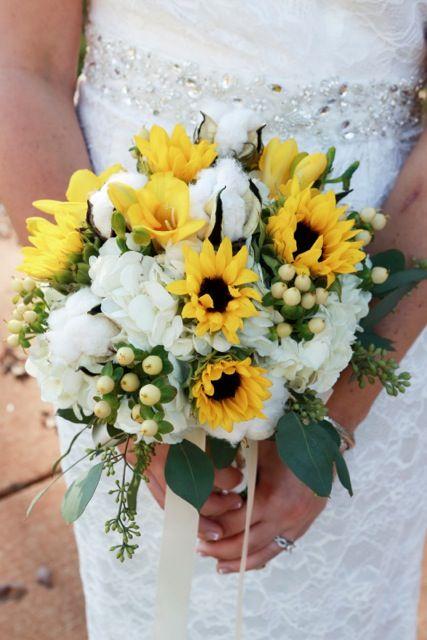 Matrimonio Tema Estate : Bouquet con girasoli idee da cui prendere spunto
