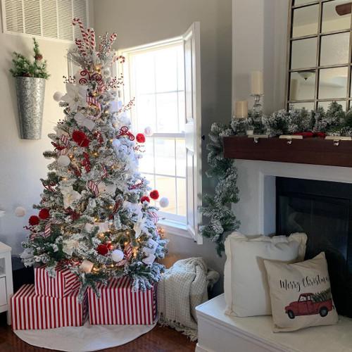 Albero di Natale bianco e rosso: consigli e idee