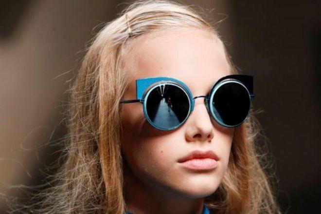 c3bba69d59 Accessori primavera estate 2016: gli occhiali da sole