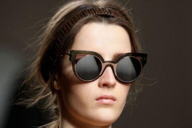prezzo competitivo ed9f5 be4ba Tendenze moda autunno/inverno 2015-16: gli occhiali da sole