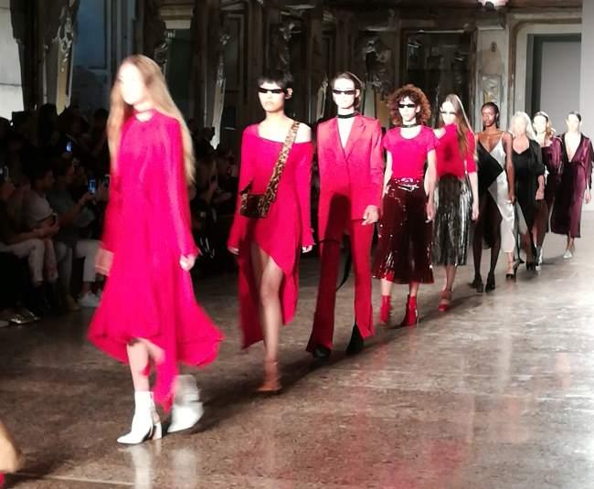 Milano fashion week autunno 2017 for Settimana della moda milano 2018