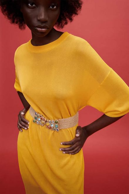 Zara, cintura con pietre