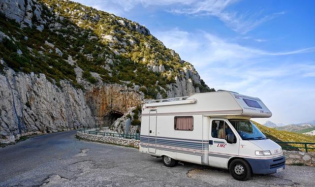 Viaggio in camper in Italia: 5 itinerari per una vacanza slow