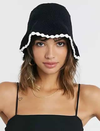 Asos, cappello all'uncinetto